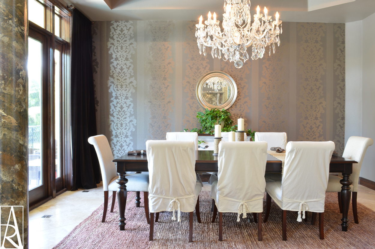 Traditional dining room by interior designer Angela Rodriguez Interiors