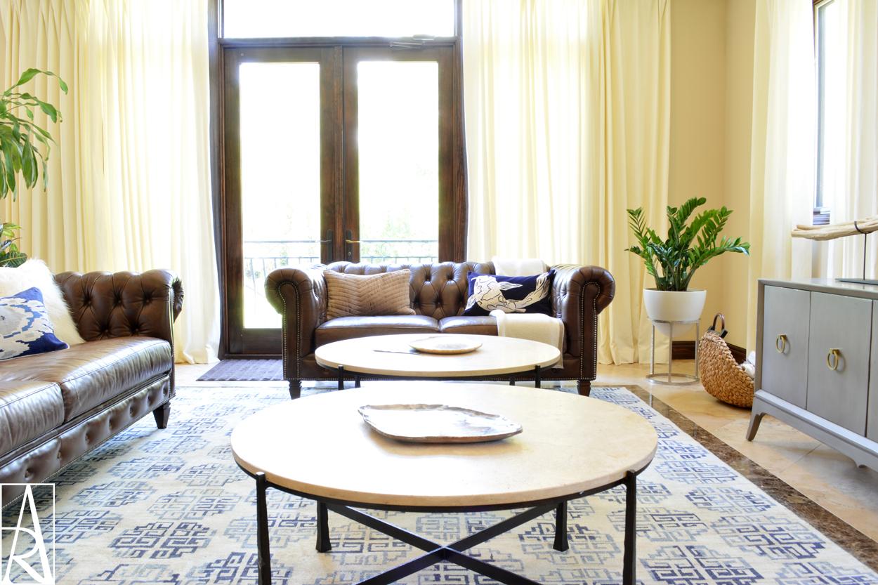Traditional family room in Venice Florida by interior designer Angela Rodriguez Interiors